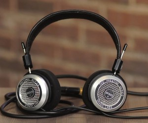 Listening Pleasure: 17 Best Hi-Fi Headphones for Audiophiles