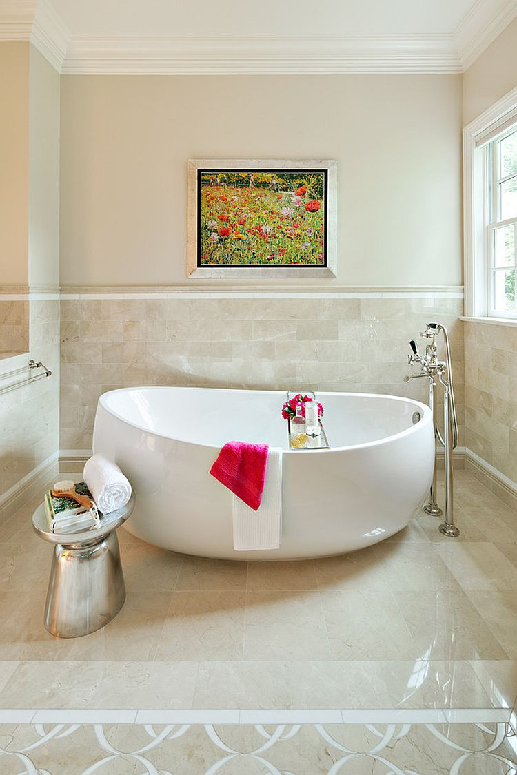 Little Luxury: 30 Bathrooms that Delight with a Side Table for the ...