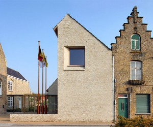 Lo-Reninge Town Hall by noAarchitecten
