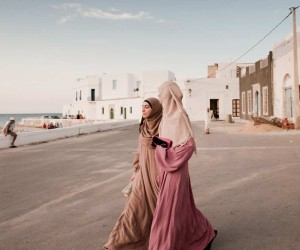 Lost in Tunis by Claudia Corrent