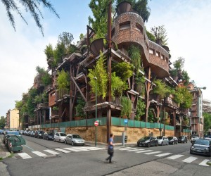 Luciano Pia Designs Air and Noise Pullution-Proof TreeHouse