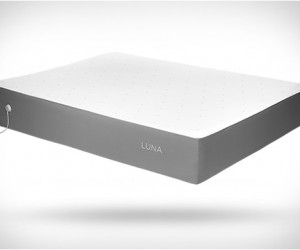 Luna Mattress Smart Cover