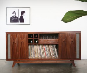 Luno Record  Whiskey Console