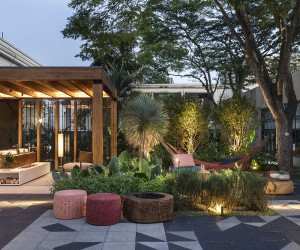 Luxurious Brazilian Terrace Design Inspired by Nature and Japanese Minimalism