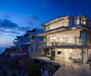 Luxurious clifftop house in Laguna Beach