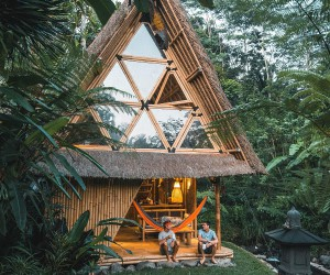 Magical Nights in the Bamboo House Take You into Jungles of Bali