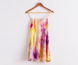 Makeover Your Wardrobe with these Clever New Ways to Dye Clothing