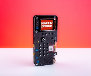 MAKERphone DIY Kit Lets You Build Your Own Smartphone