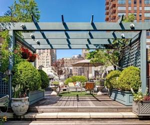 Manhattan Apartment Showcases Dashing Color And Flair Of Rio