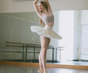 Marvelous Portraits of Ballerinas by Lindsay Thomas