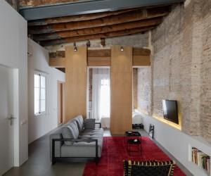 Marvelous Transformation of a Twentieth Century Building in Valencia, Spain
