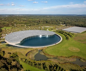 McLaren Technology Centre by Foster  Partners