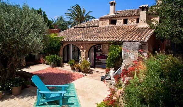 Mediterranean Romance Adorable Rustic House In Spain