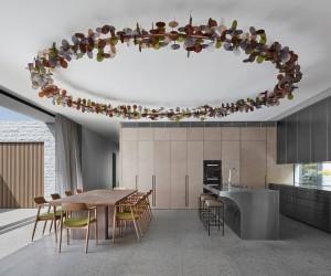 Melbournes B.E Architecture Has Designed a Sensational Stone House Made of 260 Tonnes of Granite