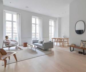 Minimal Modern Flatiron Apartment  Neutral Tones and Warm Woods