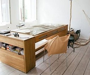 Mira Schroders Workbed combines a work desk and a resting bed