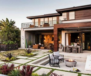 Modern Beach Style Reinvented in a Manhattan Beach House