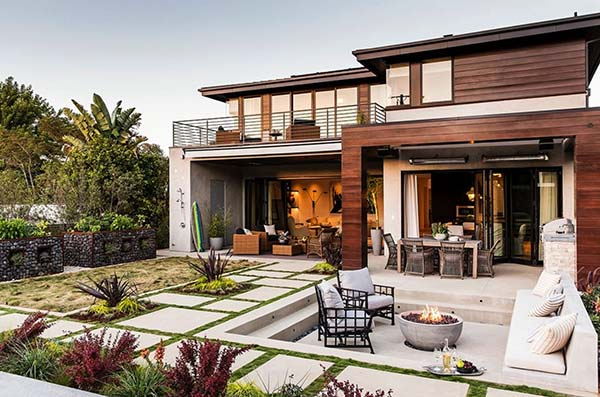 Modern Beach House modern beach style reinvented in a manhattan beach house