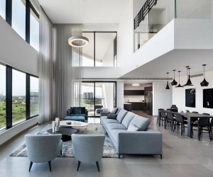 Modern Duplex Apartment Overlooking the Tel-Aviv Beaches