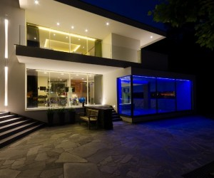 Modern Fusion of Lighting Design and Architecture: Villa Noord-Brabant
