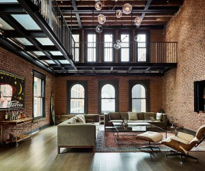 Modern Industrial: 1890s New York apartment Turned into Exquisite Penthouse