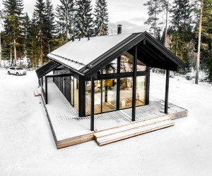 Modern Log Villa in Central Finland by Pluspuu Oy Architect