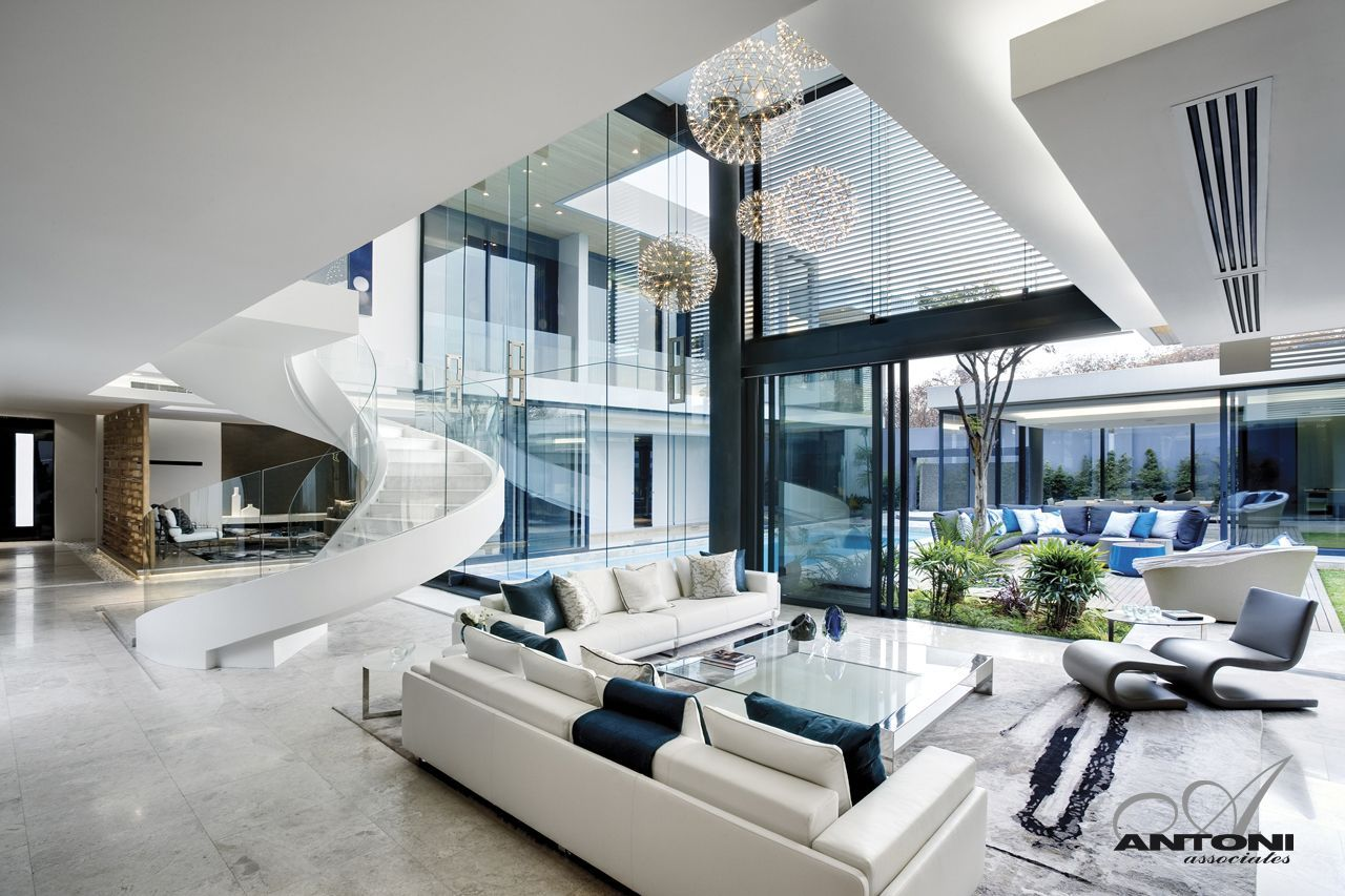 Modern mansion with perfect interiors for Modern house uk