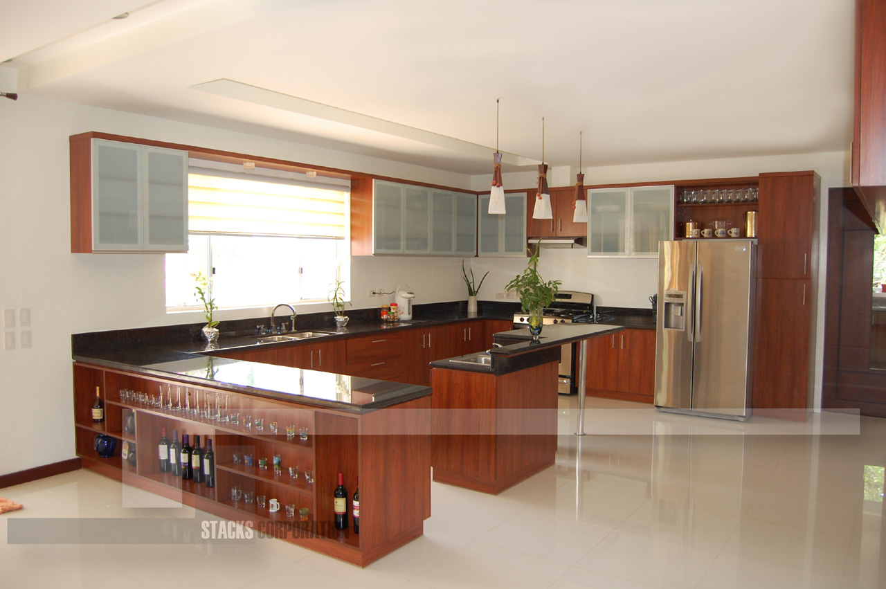 Modern u type kitchen with an island for Small kitchen design pictures philippines