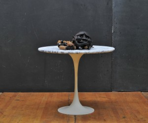 Modern50 HillBilly Carrera Marble Tulip Side Table
