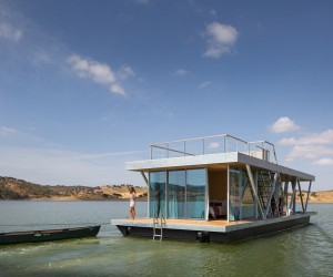 Modular Floating House by Friday