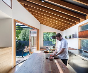 MRTN Renovates Victorian weatherboard house in Fairfield