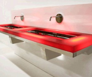 Neo-Metro: Stainless Steel Bathroom
