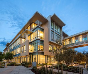 Netflix Headquarters, Los Gatos | Form4 Architecture