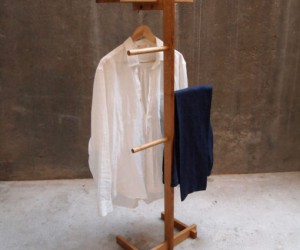 New 2019 Gentlemans Valet Stand Online Received by Tidyboy