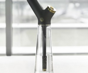 New Aura Water Pipe Gets Honored For Design