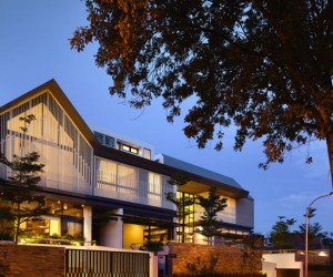New Multi-Family Home: 2 Holland Grove by a-dlab