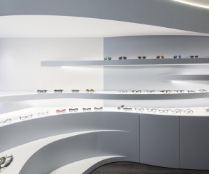 Novaoptica Optic Store by Tsou Arquitectos