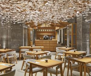 Nozomi Sushi Bar Valencia by Masquespacio