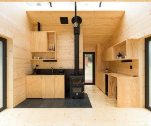 Off-Grid Tiny Cabin Inspired by Japanese Design