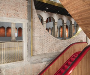 OMA restores 16th Century Fondaco dei Tedeschi in Venice
