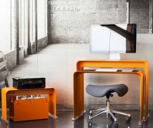 Oneless Space Saving Desk