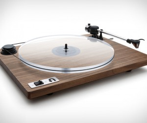 Orbit Turntable