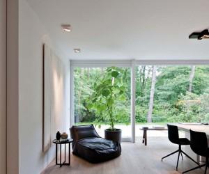 Oscar V Modern Villa in Antwerp