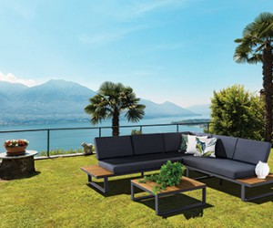 Outdoor Lounges and Lounge Settings