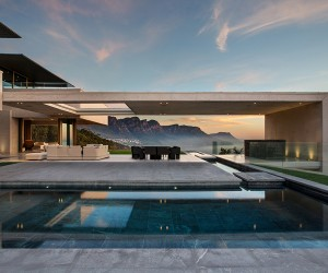OVD 919 House in Cape Town by SAOTA