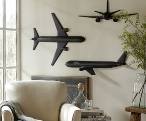 OWall Decoration In The Shape Of Airplane