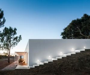 P no Monte by ida arquitectos