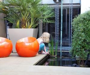 Patio garden by Amir Schlezinger