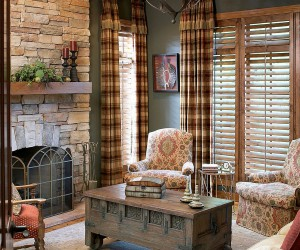 Pattern Overload: 30 Ways to Invite Plaid into Your Home without Seeming Dated