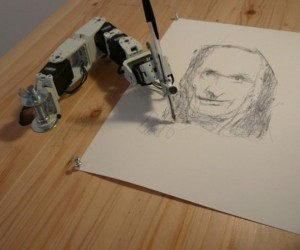 Paul: The Drawing Robot
